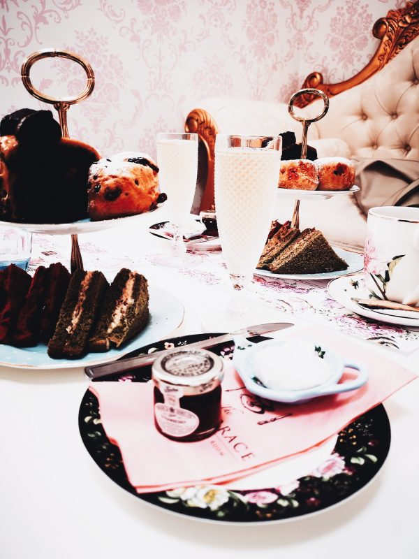Image of vegan afternoon tea for blog post on feeling bored on a date